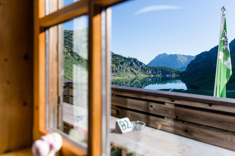 Blick aus dem Fenster von der Tappenkarseehütte
