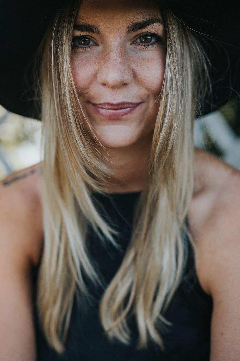 Lifestyle Portrait - Andrea