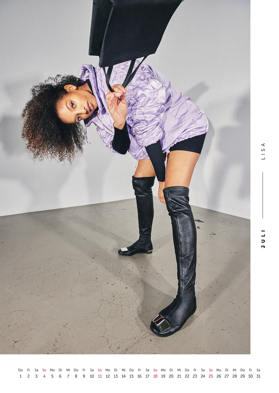 Juli - Volkshilfe Fashion Kalender 2021 - Lisa